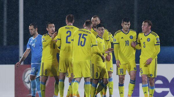 Футболисты сборной Казахстана