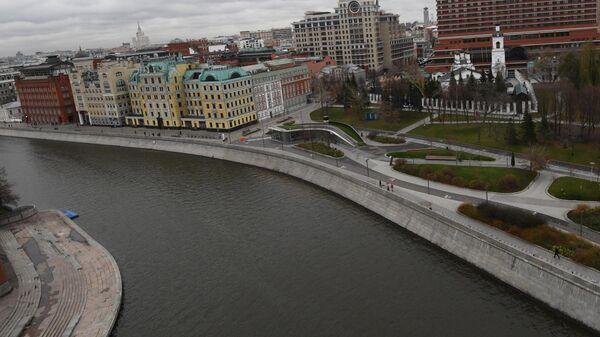 Крымская набережная в Москве
