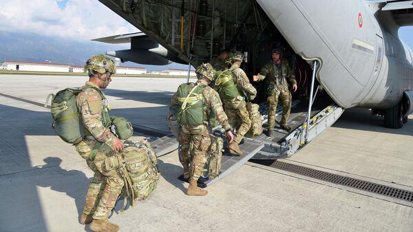 Американские военные в Италии
