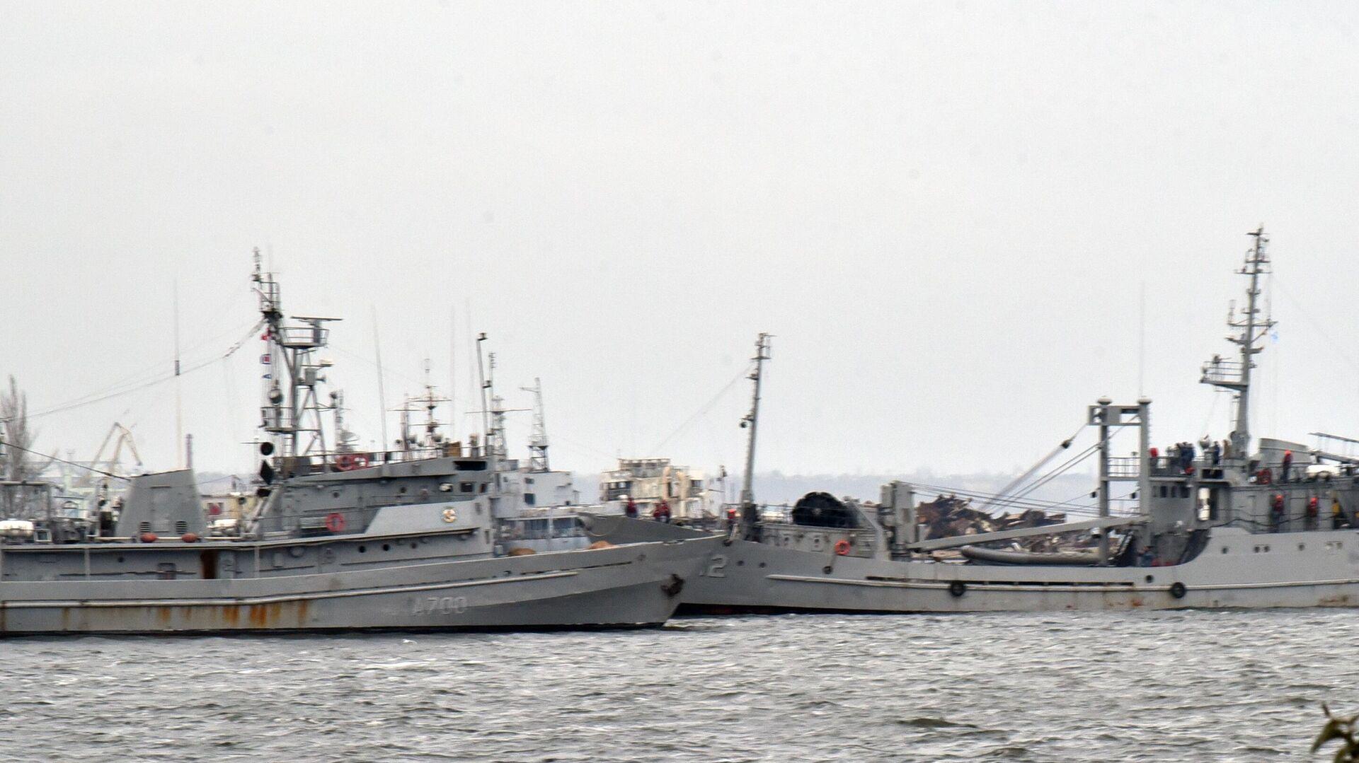 Корабли ВМФ Украины в порту города Очакова - РИА Новости, 1920, 12.10.2021