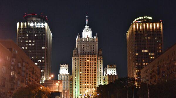 Здание Министерства иностранных дел России на Смоленской-Сенной площади в Москве