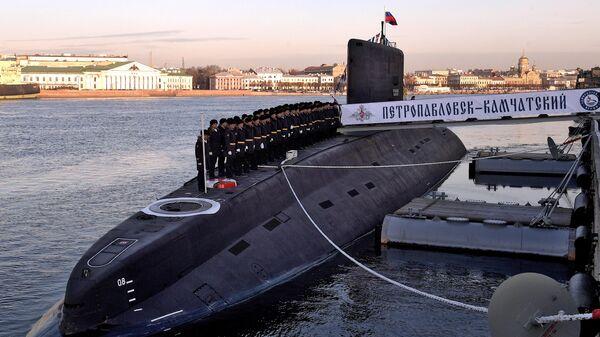 Дизель-электрическую подлодку Петропавловск-Камчатский передали ВМФ России