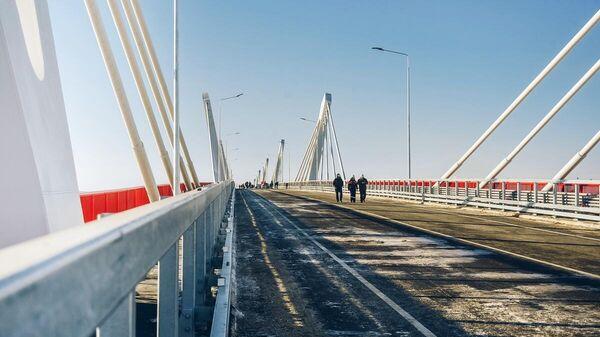Новый мост через Амур из России в Китай в Благовещенске