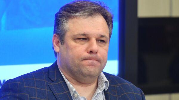 Советник главы ЛНР по внешним связям Родион Мирошник во время видеомоста в Международном мультимедийном пресс-центре МИА Россия сегодня