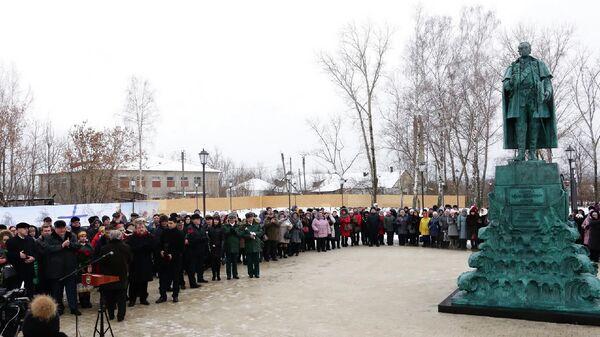 Торжественное открытие памятника непобедимому адмиралу, святому праведному воину Федору Ушакову в городе Темников