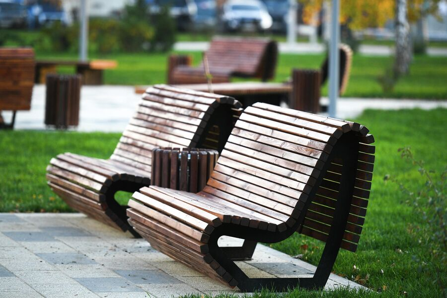 Скамейки в Капотне, установленные в ходе благоустройства района