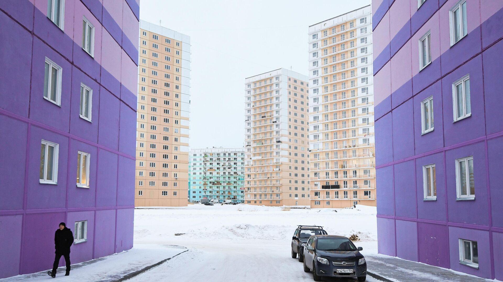 Многоэтажные панельные дома в строящемся жилом комплексе - РИА Новости, 1920, 08.12.2020