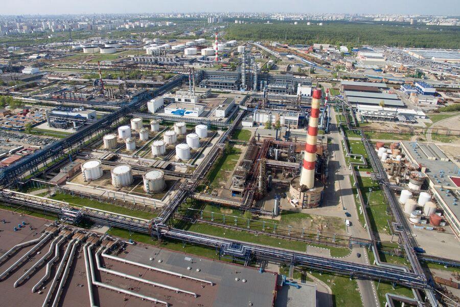 Московский НПЗ остановил прием нефти из-за нештатной ситуации