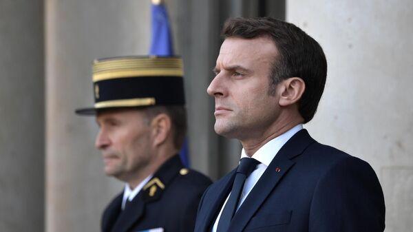 Президент Франции Эммануэль Макрон на церемонии официальной встречи глав государств-участников Нормандского формата в Елисейском дворце