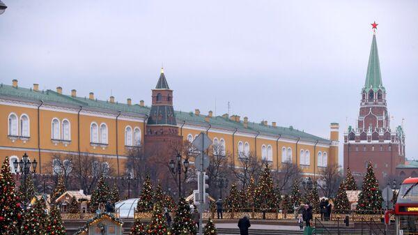 Фестиваль Путешествие в Рождество на Манежной площади в Москве