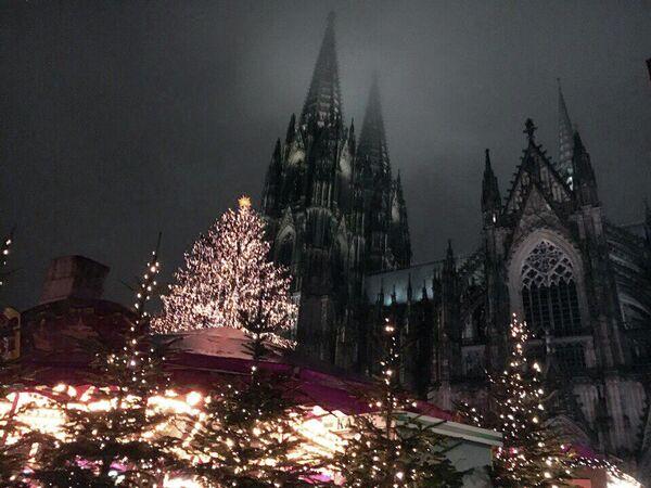Кельн (Германия) перед Рождеством.