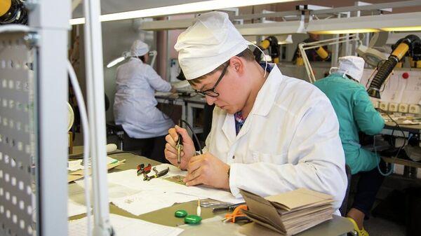 Работники Российского федерального ядерного центра в Сарове