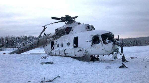 Место жесткой посадки вертолета Ми-8 в Красноярском крае