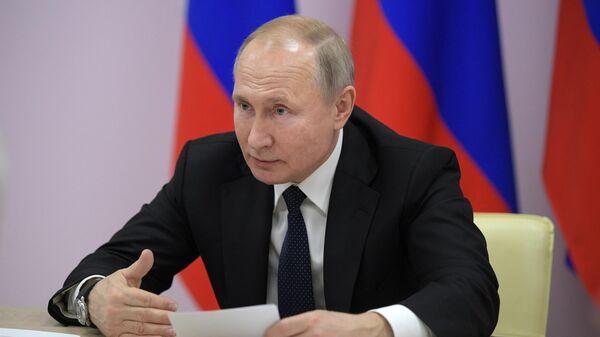 Президент РФ Владимир Путин проводит совещание об итогах научно-практической конференции Российский Военно-Морской флот в XXI веке в Севастополе
