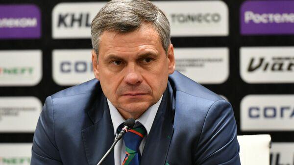 Главный тренер казанского Ак Барса Дмитрий Квартальнов