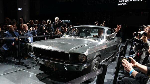Автомобиль Ford Mustang из легендарного фильма Детектив Буллитт
