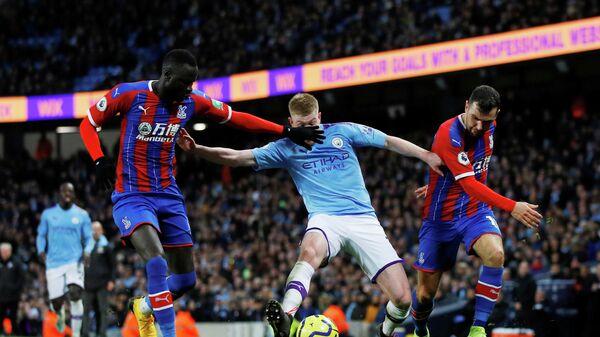 Игровой момент матча Манчестер Сити - Кристал Пэлас