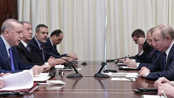 Президент РФ Владимир Путин и президент Турции Реджеп Тайип Эрдоган на Международной конференции по Ливии в Берлине