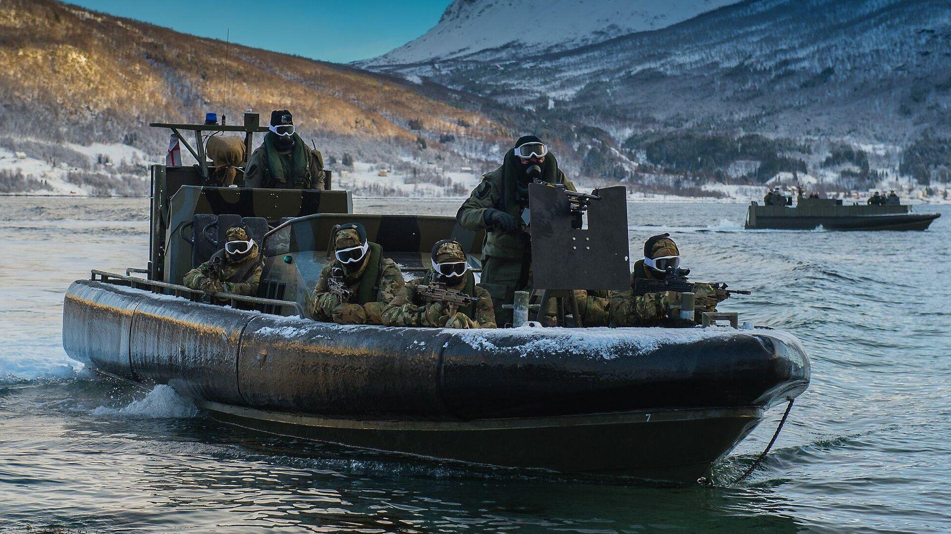 Британские военные во время учений НАТО в Норвегии - РИА Новости, 1920, 02.03.2021