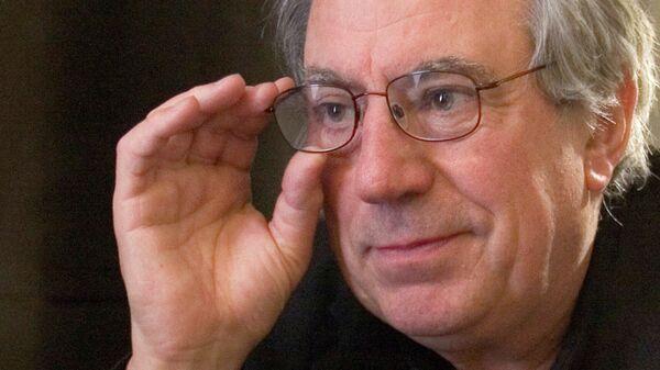 Британский актер, кинорежиссёр, сценарист и композитор Терри Джонс