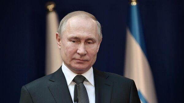 Президент РФ Владимир Путин во время встречи с премьер-министром Израиля Биньямином Нетаньяху в резиденции премьер-министра в Иерусалиме