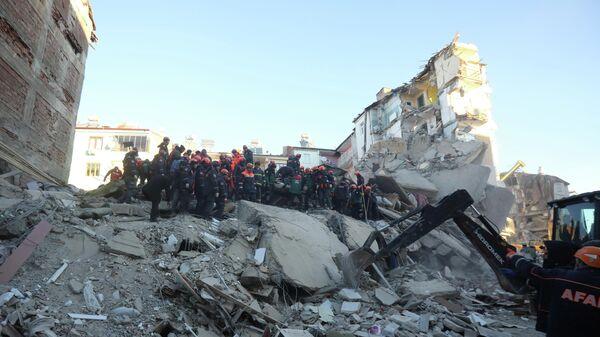 Ликвидация последствий землетрясения на востоке Турции. 25 января 2020