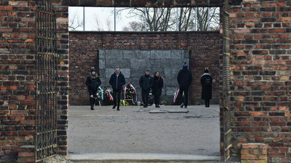 На территории бывшего лагеря Освенцима обнаружили антисемитские граффити