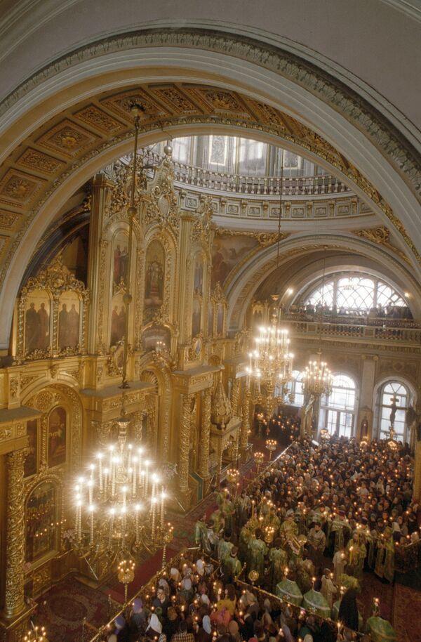 Служба в Богоявленском соборе
