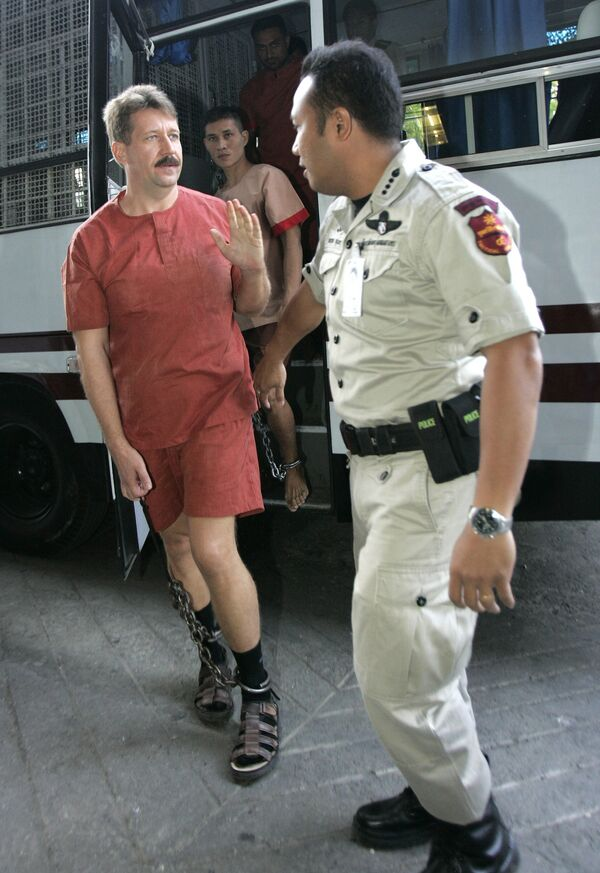Виктор Бут перед слушанием дела об экстрадиции в США в суде Бангкока