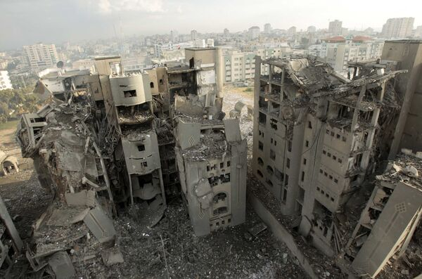 Похоже, что в эти дни все-таки последует наземная карательная операция в Газе, с целью полностью уничтожить террористическое гнездо ХАМАС