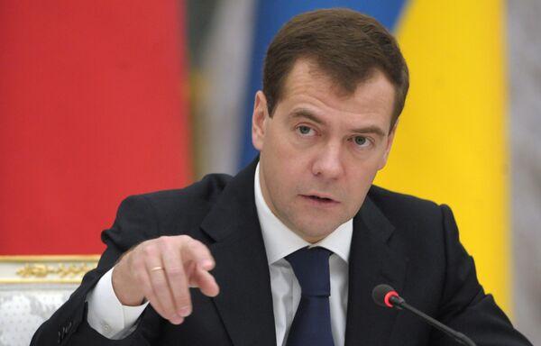 Россия все больше отстает в сфере информационных технологий, заявил Дмитрий Медведев