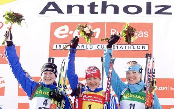 Хелена Юнссон, Екатерина Юрьева, Кайса Мякяряйнен (слева направо)
