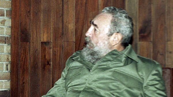 Лидер кубинской революции Фидель Кастро уверен, что будущее Кубы и стран региона во многом зависит от исхода намеченного на воскресенье в Венесуэле референдума по внесению в Конституцию поправки, позволяющей главе государства переизбираться неограниченное число раз.