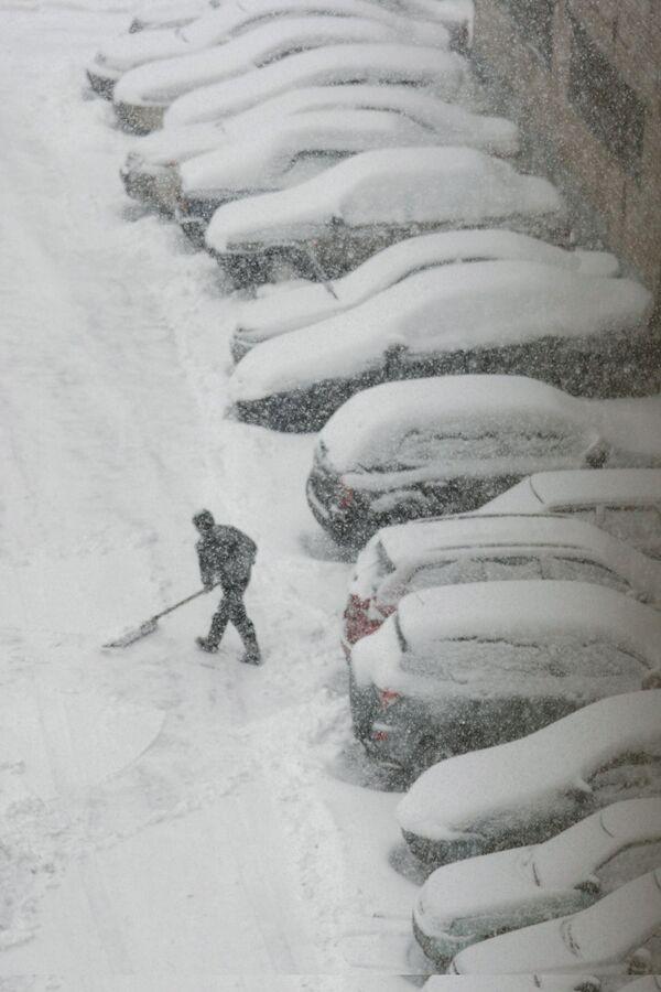 В Москве могут запретить парковку во дворах кроме специальных мест