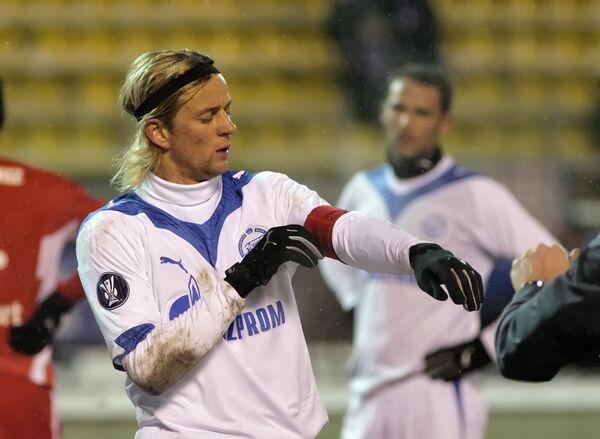 Капитан команды Зенит Анатолий Тимощук - автор победного гола в игре со Штутгартом