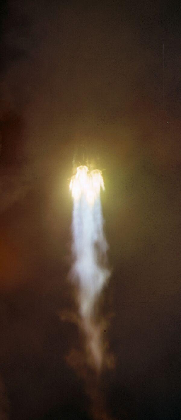 Старт ракеты с космодрома Байконур