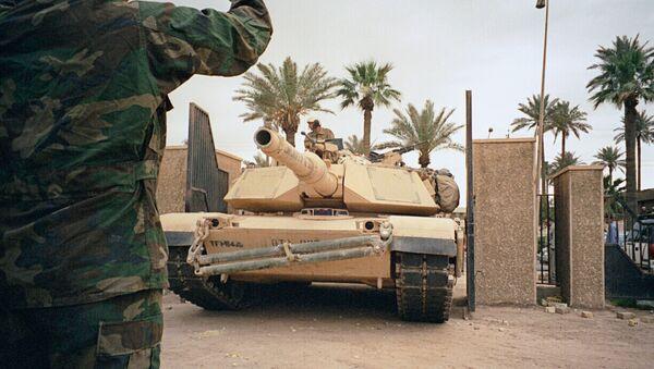 Американские танки в Багдаде. Архив