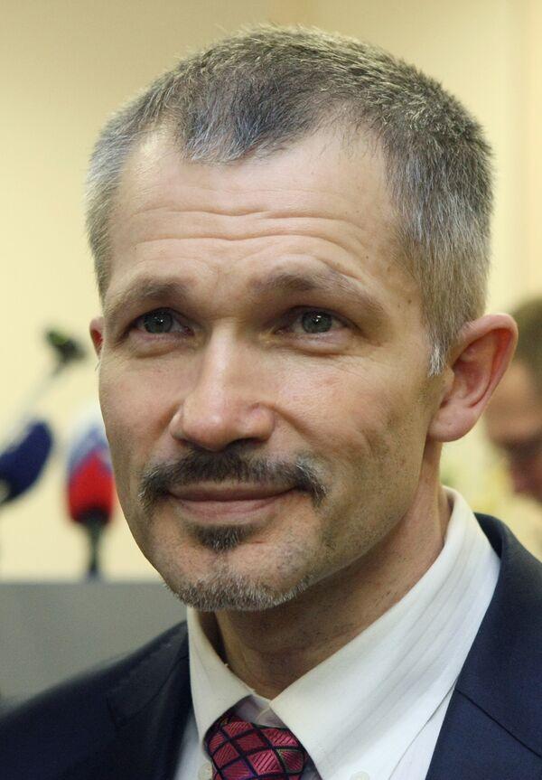 Игорь Трунов на учредительном собрании московского регионального отделения Всероссийской политической партии Правое дело