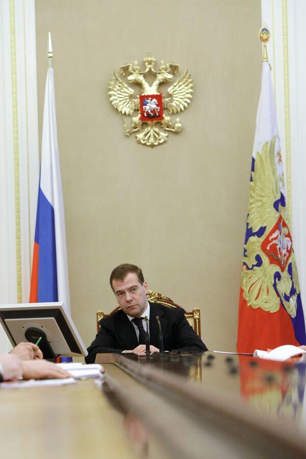 Медведев проведет совещание по проблеме призыва спортсменов ЦСКА