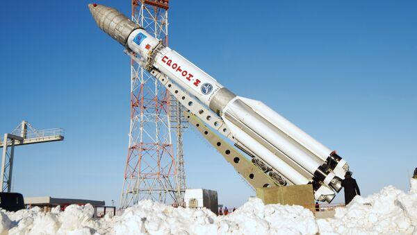 вывоз ракеты космического назначения Протон-М с разгонным блоком Бриз-М