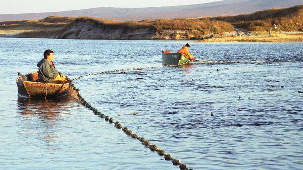 Лов рыбы на Дальнем Востоке. Архив