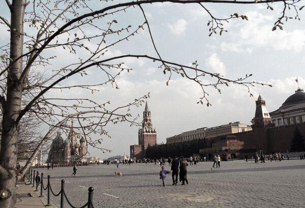 Ранней весной на Красной площади