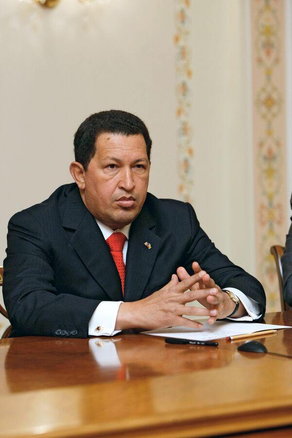 Чавес надеется, что Обама не будет затыкать ему рот на саммите Америк