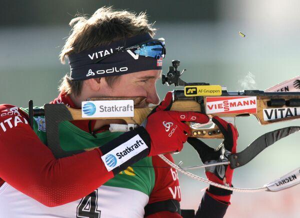 Норвежский биатлонист Эмиль-Хегле Свендсен. Архив