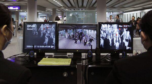 Аэропортовые службы Китая проводят дезинфекцию самолетов из Мексики