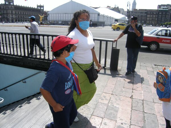 Более 30 человек скончались от гриппа A/H1N1 в Мексике за два дня