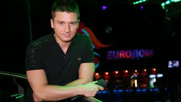 Певец Сергей Лазарев на октрытии Euroдома