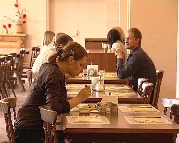24 вешалки в номере и завтрак до полудня - райдер гостей Евровидения