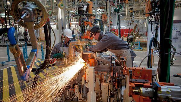 Петербургский завод Nissan возобновил производство
