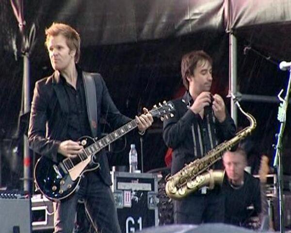 Элита страны слушала Duran Duran под проливным дождем